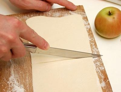 розрізаємо тісто