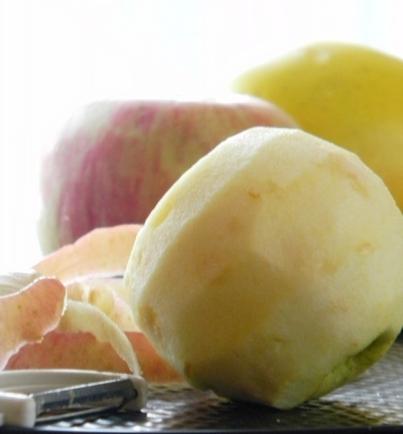 очищаємо яблука