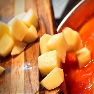 картопля в супі