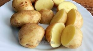 картопля на тарілці