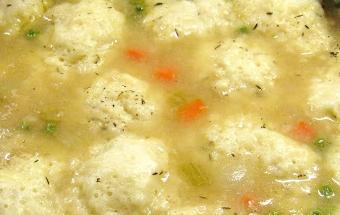 викладаємо тісто для галушок в суп