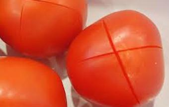 робимо ножем на помідорах надрізи