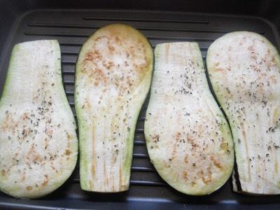 баклажани на сковороді гриль