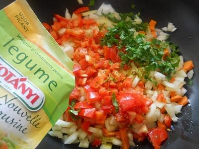овочі на сковороді