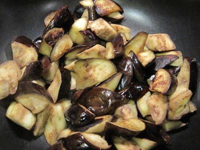 смажимо баклажани в олії
